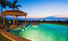Shades of blue, flaming sunsets and chilled champagne, these luxury villas on the fringes of Sint Maarten are a dream honeymoon destination. Natural Swimming Ponds, Swimming Pool Lights, Swimming Pool Landscaping, Swimming Pools Backyard, Swimming Pool Designs, Pool Decks, Lap Pools, Natural Pools, Indoor Pools