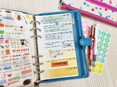 Happiness is Scrappy: Planners | My Daily & Weekly Daisy Day Planner Pages