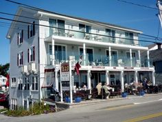 The 123 Restaurant And Inn Across From Long Sands Beach In York Maine