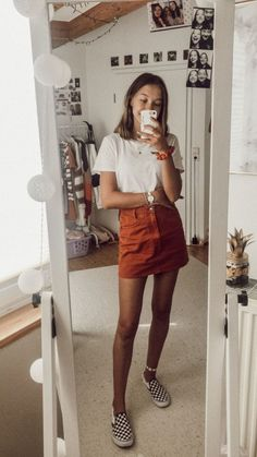 Outfit Inspiration IG: Zara Skirt + Shirt Vans 🤟🏽 More from my site Outfit Inspiration IG: Sophie VSCO Room Ideas inspiration outfit sophiehlene IG- 25 Fall Outfits with Skirts to Inspire Your Fall Look Fashion Is Your Inspiration: Spring Outfits Teenage Outfits, Teen Fashion Outfits, Mode Outfits, Skirt Outfits, Outfits For Teens, Fashion Ideas, Teens Clothes, Batman Outfits, Fashion Fashion