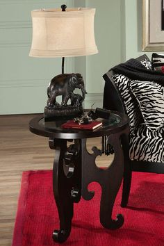 I want this lamp!! It would go with my other elephant stuff I have in the front room.