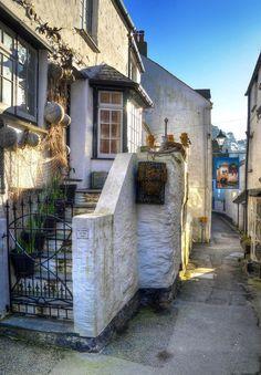 Fisherman's cottage, Polperro, Cornwall / England Cornwall Cottages, Polperro Cornwall, Cottages Uk, Fishermans Cottage, Oxford England, London England, Yorkshire England, Yorkshire Dales, Nooks