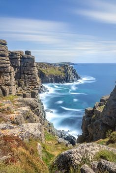 Weatherd Charm Between Lands End and Porthcumo, Cornwall, England by Ray Bradshaw Source by duncanmontero. Cornwall England, Devon And Cornwall, England Uk, Oxford England, Yorkshire England, Yorkshire Dales, London England, Blue Sky Images, Beautiful World