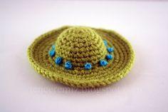 Mini crochet hat. A sweet little sombrero/sun hat