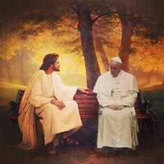 Cada vez que estamos frente al santísimo y oramos es como estar sentado cerca de Jesús, donde el mismo nos escucha y nos ama, donde con paciencia espera y atiende nuestras suplicas.