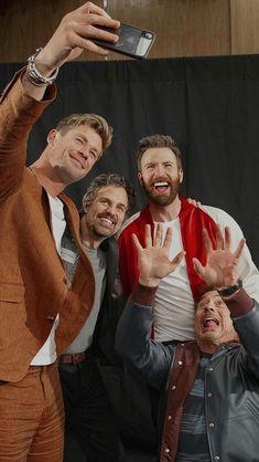 Follow me for more / Marvel MCU #marvel #avengers #endgame #avengersendgame #spiderman #ironman #marvelcomics #captainamerica #mcu #thor #infinitywar #hulk #avengersinfinitywar #thanos #blackpanther #blackwidow #avengersendgame #bucky #buckynat #tomholland #captainmarvel #mantis #hawkeye #starlord #gamora #groot #drax #rocketraccoon #doctorstrange #vision #nebula #wintersoldier #scarletwitch #loki #antman #falcon #natasharomanoff #peggycarter #agentcarter #nakia Marvel Avengers Movies, Avengers Cast, Marvel 3, Marvel Jokes, Marvel Actors, Marvel Funny, Marvel Heroes, Mode Poster, Khadra