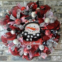 Welcome Super Snazzy Snowman Deco Mesh Deluxe Christmas Wreath