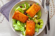 Une délicieuse salade composée craquante et fondante avec ces petits croustillants de Brie.