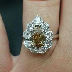 stupendous diamond rings from @saxonkruss