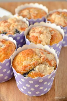 There is nothing better than a low syn cake to enjoy with a cuppa, and these moist delicious Blueberry Muffins are the perfect treat. Slimming World Carrot Cake, Slimming World Muffins, Slimming World Desserts, Slimming World Recipes Syn Free, Ww Recipes, Sweet Recipes, Cooking Recipes, Cake Recipes, Recipies