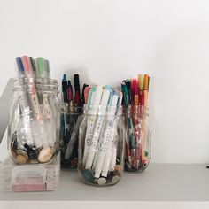 Shared by OFFONOFF. Find images and videos about school, study and pens on We Heart It - the app to get lost in what you love. Study Room Decor, Bedroom Decor, Filofax Original, Schul Survival Kits, Uni Room, Dorm Room, Stationary School, Desk Inspiration, Cute School Supplies