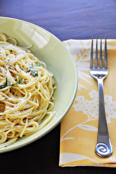Spaghetti al Limone by Cook Like a Champion, via Flickr..love cooking with Lemons!