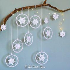 Sneeuwvlokjes tak maken. Crochet World, Diy Crochet, Crochet Crafts, Crochet Hooks, Christmas World, Christmas Art, Diy Crafts Videos, Diy And Crafts, Drops Design