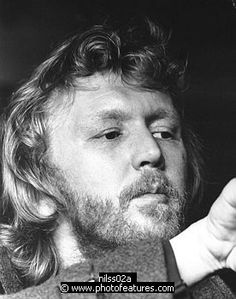 Photo of Harry Nilsson by Chris Walter , reference; nilss02a,www.photofeatures.com
