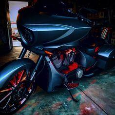Victory Motorcycles, Cars Motorcycles, Motorcycle Paint, Harley Davidson Art, Chopper Bike, Baggers, Cafe Racers, Victorious, Badass