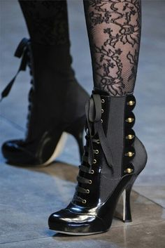 Dolce & Gabbana Black Patent Leather and Grey Military Heeled Boots with Button trim Viktorianischer Steampunk, Steampunk Fashion, Steampunk Costume, Gothic Fashion, Trendy Fashion, Bootie Boots, Shoe Boots, Shoes Heels, Ankle Boots
