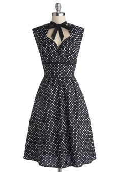 Prep the Playlist Dress. Everyone knows that creating the perfect playlist is essential party prep, so you arrange a few tunes for tonight after slipping into this dotted dress. 1950s Fashion Dresses, Retro Fashion, Vintage Fashion, Prep Fashion, Retro Vintage Dresses, Retro Dress, Vintage Party, Mod Dress, Dress Up
