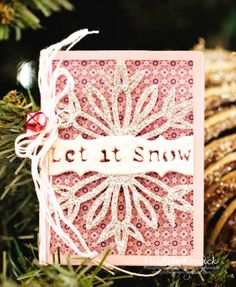 Glittery, purple and silver card perfect for January! #Cricut #snow