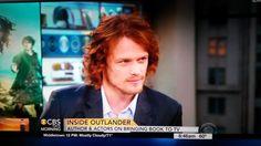 That Heughan's look... OMG #Outlander #Heughan