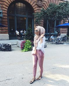 Pinterest: @eighthhorcruxx. Blush pink chinos, white shirt, hijab & sandals. #hijab #hijabfashion #hijabstreetstyle