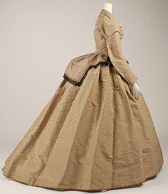 Dress (side view) 1865, British, Made of silk