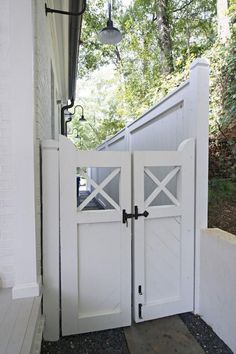 Lovely farmhouse garden gate 51 best modern farmhouse exterior design ideas by bertha Tor Design, Fence Design, House Design, Side Gates, Front Gates, Front Fence, Backyard Privacy, Backyard Fences, Privacy Fences