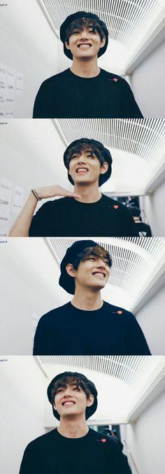 Boy Scouts, Bts Memes, V Cute, Bts Dancing, Kim Taehyung, Kpop, Bts Lockscreen, Daegu, Bts Pictures
