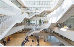 Image 1 of 33 from gallery of Erasmus University Rotterdam / Paul de Ruiter Architects. Photograph by Jeroen Musch