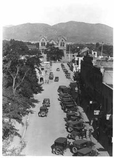 San Francisco Street looking East, Santa Fe, New Mexico, 1926, by Charles E. Lord. Palace of the Governors Photo Archives 051869.