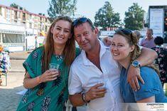 Remember... as far as everyone knows we are a nice normale family     #happy #family #familygoals #feestweek #friends #myownsuperhero #littlesister #daddyslittlegirl #beer #whereismybeer #ijmuiden #zomerfestivalijmuiden #zomerfestival #summerfestival #summer #alwaysagoodtime #vintagestyle #vintagegirl #misscandyfloss #bluedress #greendress #whiteblouse #sunny #sunnydays