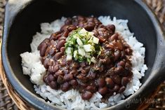 Brazilian Black Beans - loaded with fiber - try this over white rice. >> YUM! I do love black beans!