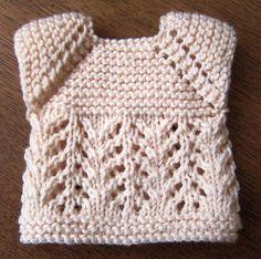 Le Pull d'Eglantine et la jupe de Miss Coralie proviennent de chez Belisa : son tuto n° 70 - la jupe  son tuto n° 94 - le...