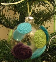 Polka Dot Ornaments.  What a great way to use up scraps of yarn.