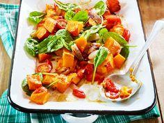 Genuss ohne tierische Lebensmittel: Wir präsentieren vegane Rezepte für jeden Geschmack, von Zucchininudeln bis Pfannkuchen.