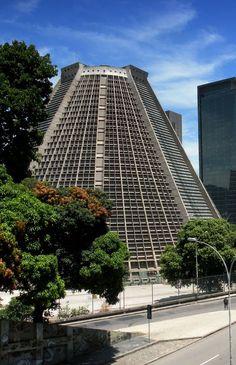 Catedral São Sebastião do Rio de Janeiro / cathédrale métropolitaine de rio de janeiro