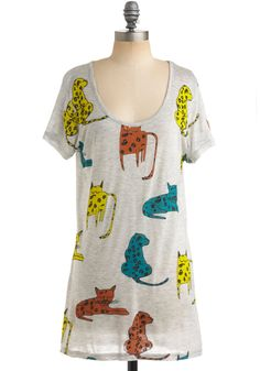 I don't even like cats much, but i love this shirt. Maybe because i want a cat nap. idk.