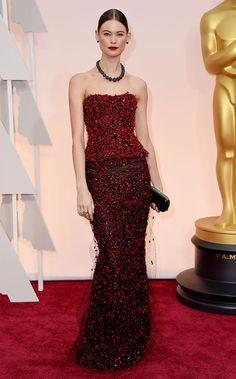 Actrices sobre la alfombra roja de los Oscar 2015: ¿Quién es la más elegante? Behati Prinsloo