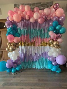 Mermaid Birthday, Diy Birthday, Unicorn Birthday, Birthday Parties, Balloon Backdrop, Balloon Wall, Balloon Garland, Balloon Columns, Diy Garland