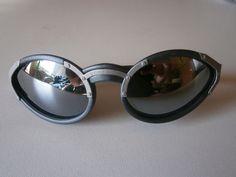 1 silberfarbene Sonnenbrille Design Nerdbrille Brille Nerd Neu Spiegel