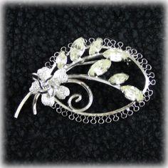 Vintage Sterling Star - Art Rhinestone Brooch Pin Flower Silver 925