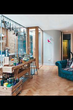 Daily Dream Decor: eclectic flat in London Patio Interior, Interior Design, Cocina Office, Loft, Piece A Vivre, Basement Renovations, Kitchen Flooring, Parquet Flooring, Dream Decor