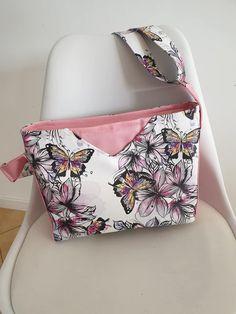 Sac Mambo papillons aquarelle en rose et blanc cousu par Emilie - Patron Sacôtin