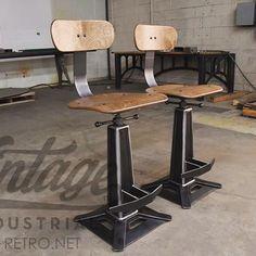 Metropolitan chairs... #vintageindustrial #interiordesign #interiordesigner #furnituredesign #modern #luxuryhome #homedesign #furnitureporn #designporn #interiors #interior #diningtable #hoteldesign #architects #architecture #contractfurniture #loft #minimalist