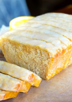 Light, soft, and irresistibly moist, this super easy vegan lemon bread is sure to be a hit with friends and family! Iced Vegan Lemon Loaf This delicious recipe is perfect… Vegan Dessert Recipes, Vegan Sweets, Cake Recipes, Healthy Recipes, Healthy Baking, Easy Desserts, Casserole Recipes, Dessert Healthy, Keto Casserole