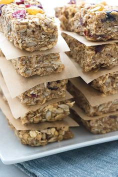 Homemade granola bars have never been easier. This no-bake recipe is a great option for a healthy and satisfying snack. These bars offer whole grains, heart-healthy fiber, plant-based protein and the perfect touch of sweetness. I'm a big fan of soft and chewy granola bars and lately I