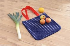 Diy Cutting Board, Plastic Cutting Board, Social Skills Activities, Make Ready, Textiles, Handmade Books, Roasted Chicken, Quality Time, Own Home