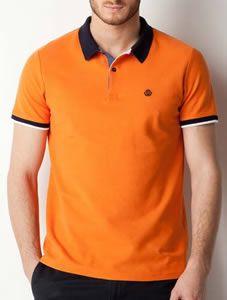 Le polo est un grand classique dans le monde du prêt-à-porter masculin et il a été revisité puisqu'il est désormais décliné en plusieurs couleurs.