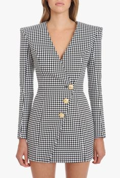 Balmain Houndstooth black and white cotton dress Long sleeves, houndstooth print, rear zipper fastening, V neck, front embossed gold-tone buttons Blazer Outfits, Blazer Dress, Preppy Outfits, Classy Outfits, Stylish Outfits, Suit Fashion, Work Fashion, Fashion Dresses, Office Outfits Women