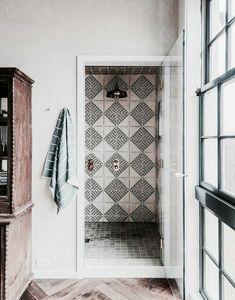 ✰ I N S T A G R A M @EmilyMohsie ✰ Painting Bathroom Tiles, Moroccan Doors, Farm Style Bathrooms, Rustic Bathrooms, Dream Bathrooms, Small Bathroom, Bathroom Styling, Bathroom Inspo, Bathroom Inspiration