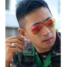 @bubastian  #handsome #uniform #polisi #tentara #praja #akpol #akmil #ipdn #muscle #manly #cops #navy #army #men #gentlemen #asianguy #asian #muscle #meninuniform #priaberseragam #seragam #hotguy #pns #cabincrew #pramugara #flightattendant #pilot